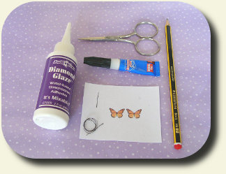 CDHM Artisan Mariella Vitale shows you a how-to on making paper butterflies in dollhouse 1:12 scale