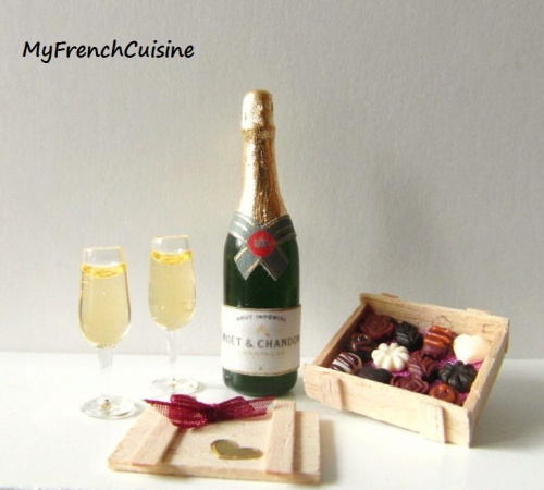 CDHM Gallery of Luce Fediere of My French Cuisine makes 1:12 foods for the dollhouse miniatures