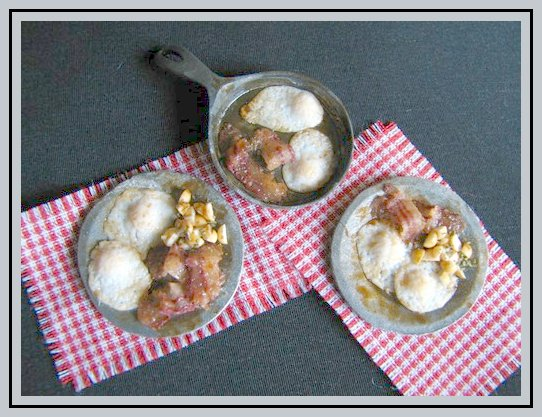 Learn to sculpt a miniature breakfast in 1:12 scale with IGMA Fellow Betsy Niederer