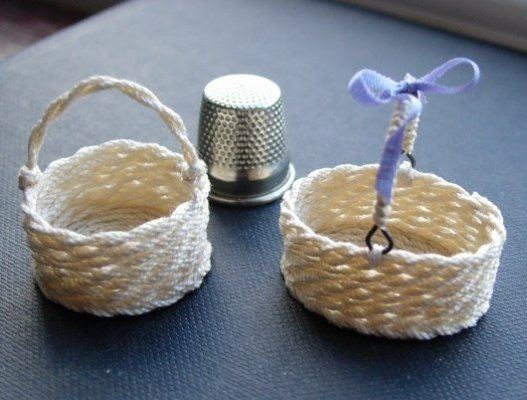 miniature round or oval basket